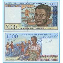 Мадагаскар 1000 ариари 1994 год.