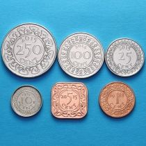 Лот 10 наборов по 6 монет Суринама 1985- 2015 год.