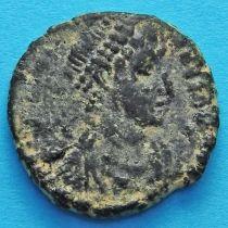 Грациан 367-383 год. Римская империя, Император с пленником.