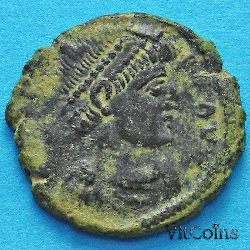Монета Римская империя, Валент, фоллис 364-378 год. Император с пленником. №4