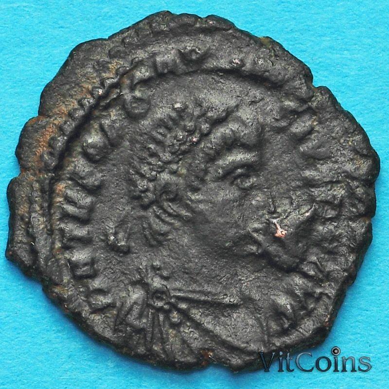 Монета Римская империя, фоллис Феодосий II 423-425 год.