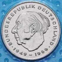 ФРГ 2 марки 1980-1983 год. Теодор Хойс. D,F.