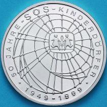 ФРГ 10 марок 1999 год. F. SOS-Kinderdorfer. Серебро. Пруф.