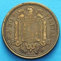 Испания 2,5 песеты 1953 год.