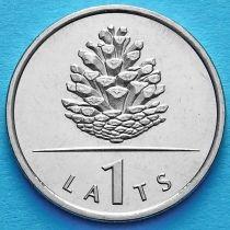 Латвия 1 лат 2006 год. Сосновая шишка.